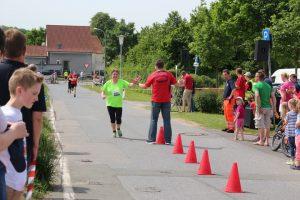 1.Spatzenberglauf-22.05.2016 (469) verkleinert