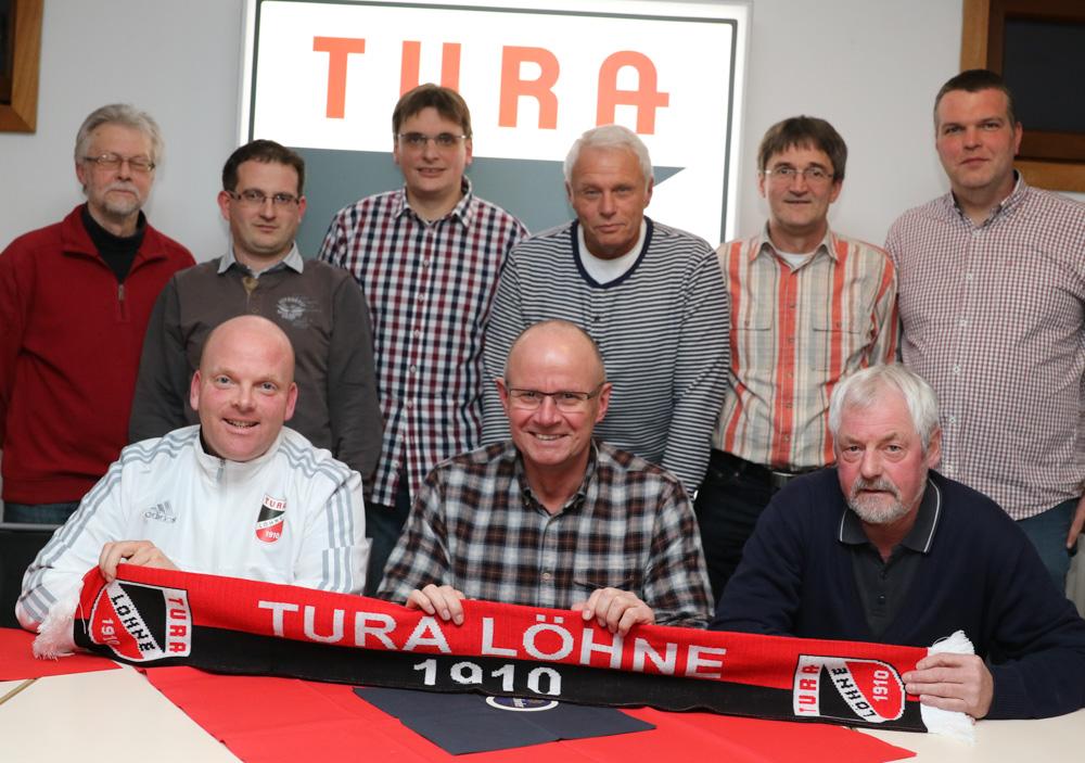 Bernd Schwarze (hinten v.l.), Rene Walther, Thomas Fischer, Hans-Georg Nuener, Ralf-Uwe Lübbert, Frank Dinnendahl, Olaf Palsbröker (vorne v.l.), Dirk Kleemeier, Wolfgang Berg